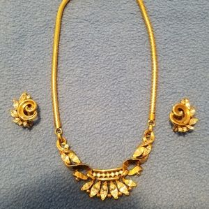 Trifari Neclace and earrings
